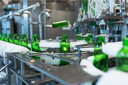 Primer avtomatizacije proizvodnih procesov, proizvodni obrat steklenic
